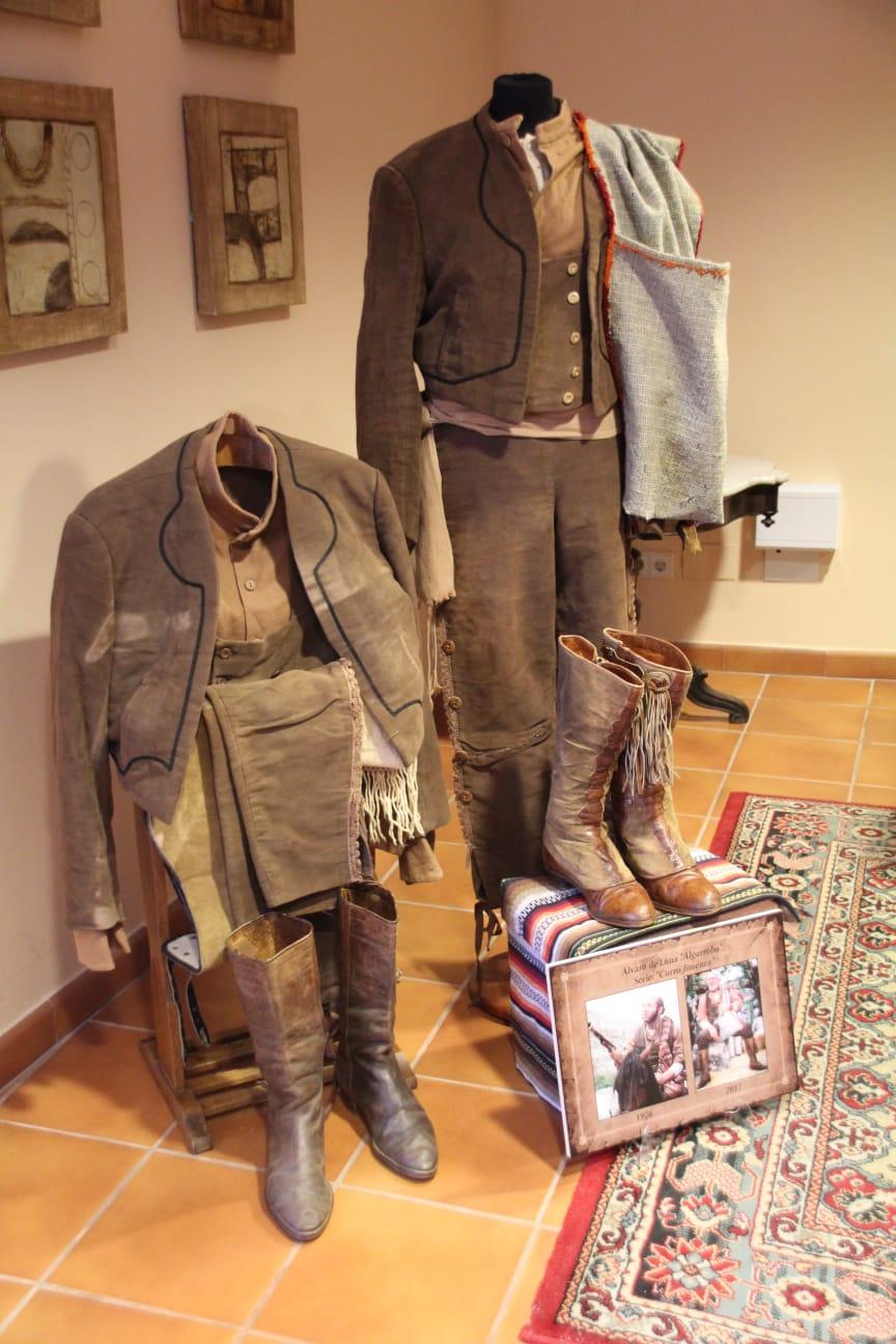 Trajes de El Algarrobo, Álvaro de Luna en el Museo del bandolero